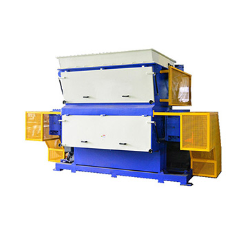 Swing arm single shaft shredder